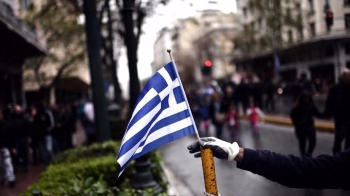 債務危機讓希臘裡落成「扶不起的阿斗」。 圖:AFP