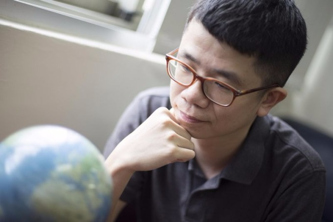 「有些人會說臺灣是鬼島,但臺灣不是沒有希望。」楊子霆靦腆地說。 攝影│張語辰