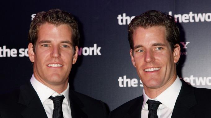 Tyler 和 Cameron Winklevoss 雙胞胎      (圖:AFP)