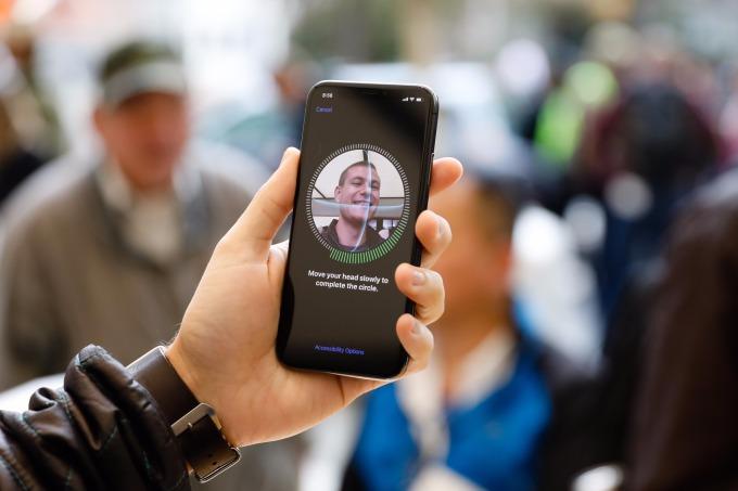 iPhone X 臉部辨識功能。(AFP)