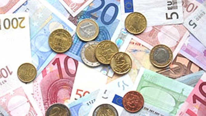 野村證券指,中期資金流動平衡應傾向於買入更多的歐元,從而支持歐元在2018年表現靚麗。 (圖:維基百科)