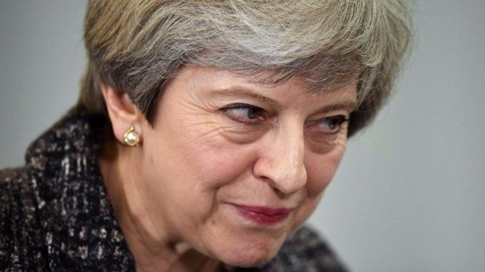 蘇格蘭、威爾斯和倫敦市都喊要續留歐洲單一市場,首相梅伊一個頭兩個大。 (圖:AFP)