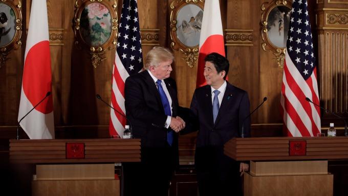安倍加預算,防北韓再搗彈。(AFP)