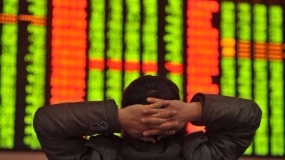 老謝說,十二月了,可以好好檢視你手上的股票了。(攝自臉書)