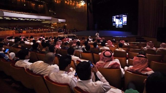沙烏地阿拉伯解除長達35年的商業電影院禁令。 (圖:AFP)