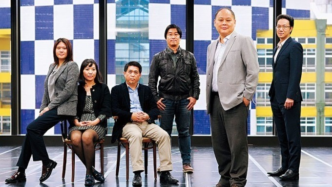 林建寰(右 2)聯手唱片和電視台出身的團隊打造熱門展演,他坦言為是否進入資本市場爭執許久,但有資金奧援才能吸引國際級表演。(攝影者.程思迪)