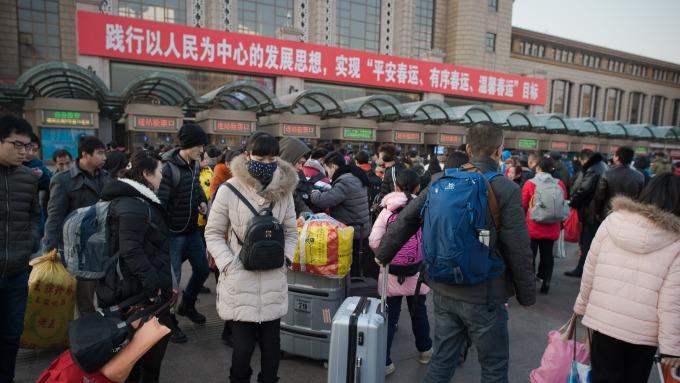 中國春運總是一票難求。(圖:AFP)