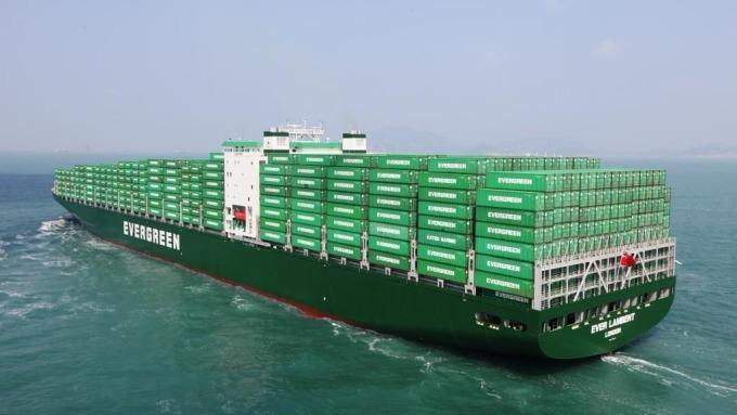 〈美稅改台商因應〉遠洋航商受惠 長榮、陽明美國線營收占比逾4成