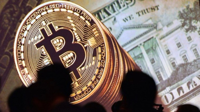 Dan Morehead警告,比特幣在下次回升前,可能會先慘跌50%。 (圖:AFP)