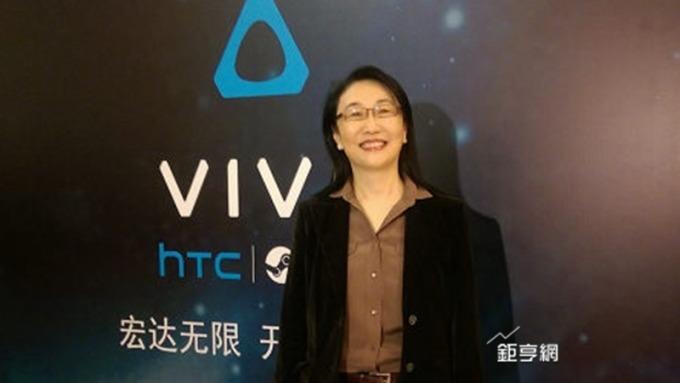 宏達電前進CES 董事長王雪紅親征秀VR、AR實力