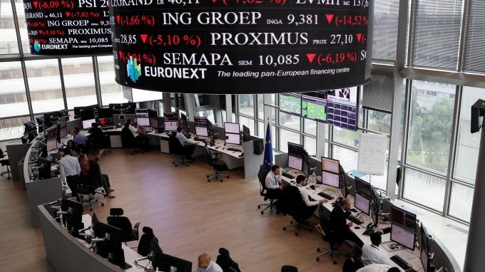 圖:AFP  歐洲股市週五收高