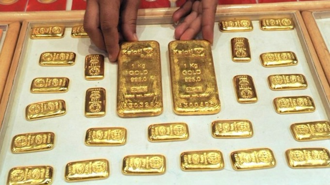 巴倫週刊指出,目前正是進場購買黃金的適合時機。 (圖:AFP)