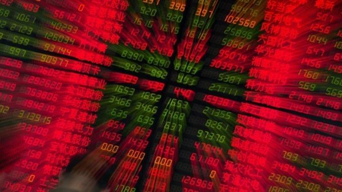 瑞銀預計,2018年A股獲利將增長8%,年內滬深300指數目標點位料達4450點。 (圖:AFP)