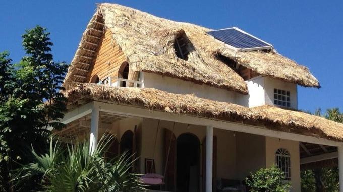 Airbnb砸10萬美元 推廣「川普屎坑國」美麗住宿點