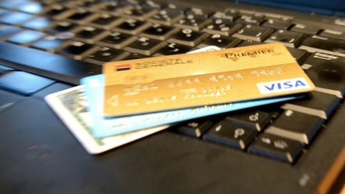 各家信用卡 (圖:AFP)
