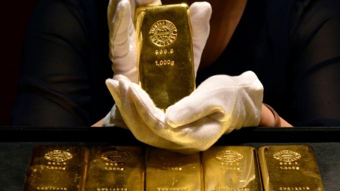 投資黃金存摺必知三重點,小資族也能輕鬆投資。(圖:AFP)