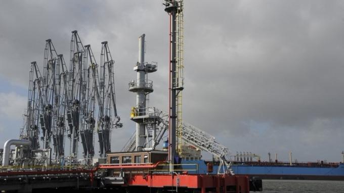 IEA預計,美國原油日產量將很快超過1000萬桶。 (圖:AFP)