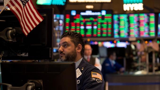 圖:AFP  美國股市週四盤中上漲