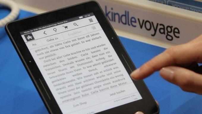 亞馬遜的電子書閱讀器Kindle。(圖:AFP)