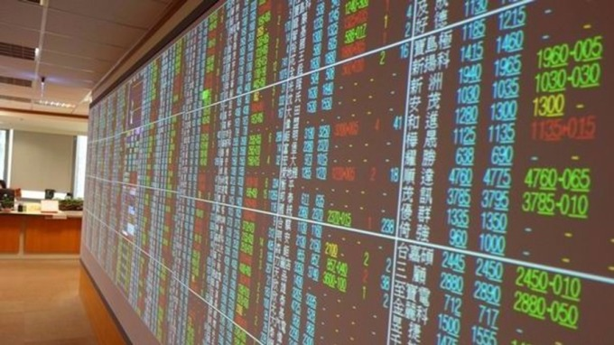 熱門股─外資連賣兩天 TPK股價回測月線