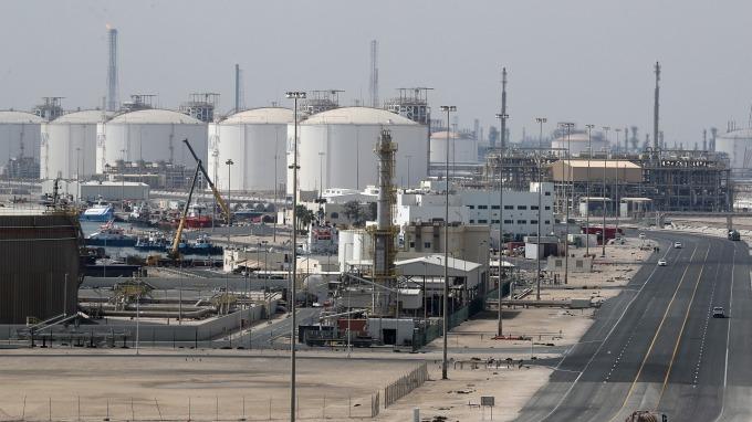 圖:AFP  原油週一收低1.30美元
