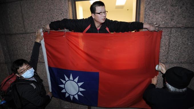 台灣有很多問題,但與其一味唱衰,不如起而行去解決它。(圖:AFP)