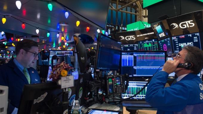 圖:AFP  美國股市週一大幅反彈