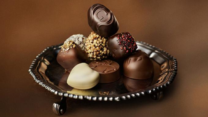 日本情人節還得送「義理巧克力」  Godiva大登廣告倡言免了