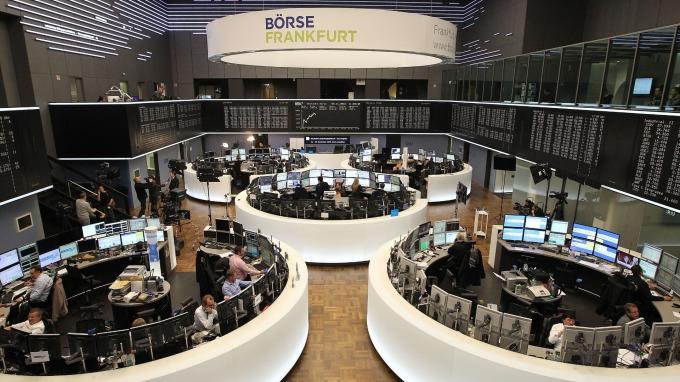 週四歐股開低。(圖:AFP)