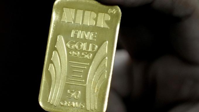 圖:AFP  黃金週四小幅上揚