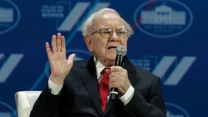 巴菲特致股東的信,這裡有簡要說明。(AFP)