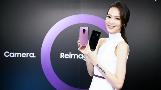 三星新旗艦S9系列搶先登台 中華電門市半小時額滿 預購量業界第一
