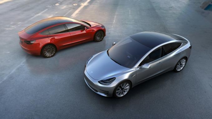 特斯拉證實,Model 3於2月底一度停產,以改進生產效能      (圖:AFP)