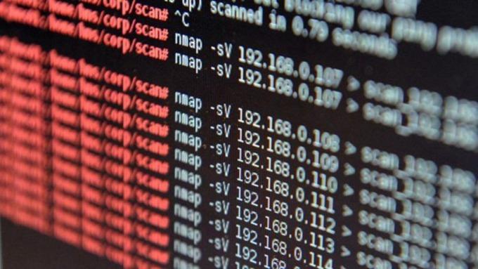 金融業面臨資料保護壓力,近5成計畫今年增加對加密的投資。(圖:AFP)