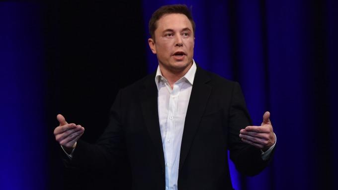 Elon Musk說,他們正在建造第一艘火星飛船,估計明年上半年的某個時候送去火星。(圖:AFP)