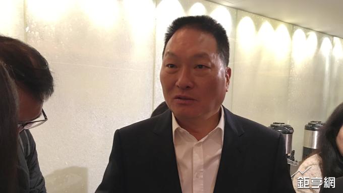 〈新零售趨勢大會〉王令麟宣示進軍虛擬貨幣市場 「東森幣」6月問世
