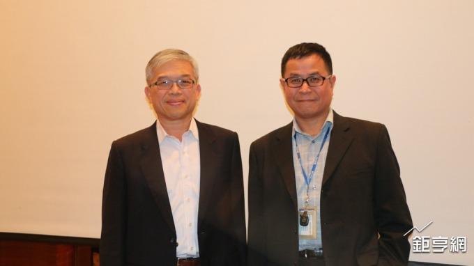 貿聯-KY董事長梁華哲(左)與總經理鄧劍華。(鉅亨網記者李宜儒攝)
