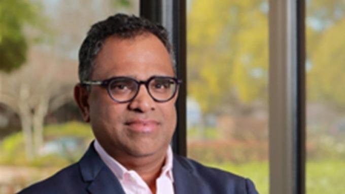美光行動事業單位資深副總裁暨總經理Raj Talluri。(圖片:美光提供)