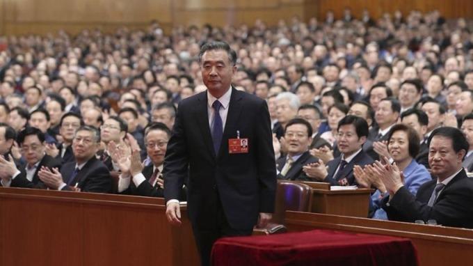 強拆十字架有功 夏寶龍爆冷成中國政協副主席兼大管家
