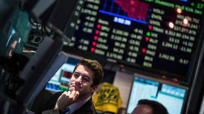 美股盤後─經濟數據正面 唯受限全球貿易戰風險與川普政府動盪 道指小幅收高