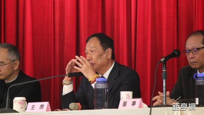 〈鴻海FII說明會〉郭董想讓小股東走滬港通模式仍存在這個大問題
