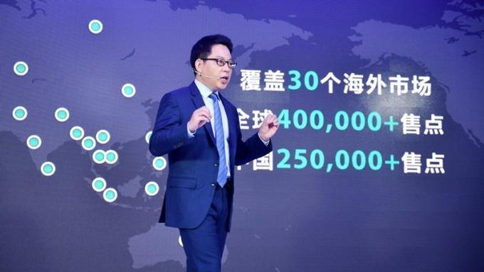 非蘋新機競出 OPPO發表春季新品R15 台廠供應鏈營運添動能
