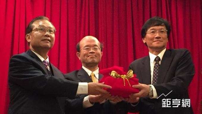 臺企銀新任總座施建安:目標拚年獲利百億元 爭取替員工加薪