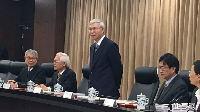 〈央行理監事會〉楊金龍:衛生紙、電費漲價 不會對全年產生通膨壓力