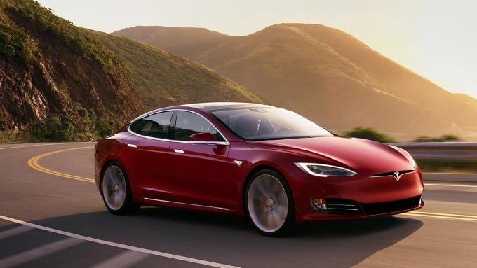 2016年 4月以前出廠的 Model S符合召回條件 圖片來源:Tesla