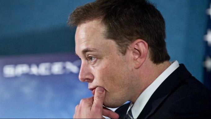 小摩:特斯拉「審判日」近了 股價大跌敲響財務警鐘