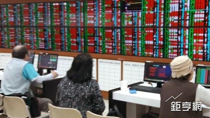 龍燈-KY去年Q4營運回穩 全年虧損縮小至1.5億元
