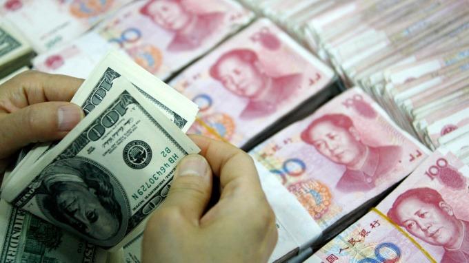 中國2月增持美債85億美元。(圖:AFP)