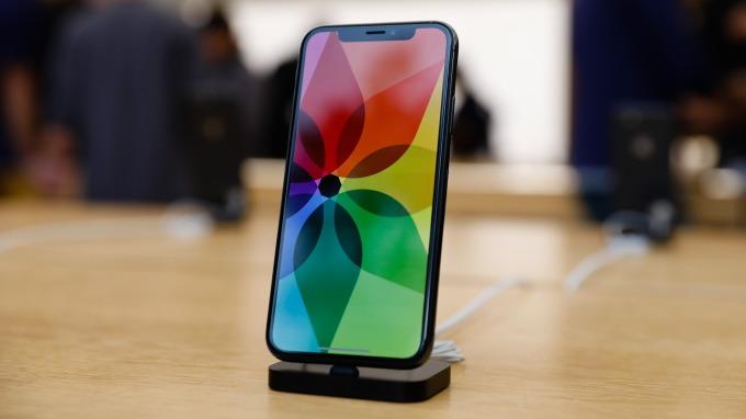 蘋果旗艦手機iPhone X(圖:AFP)