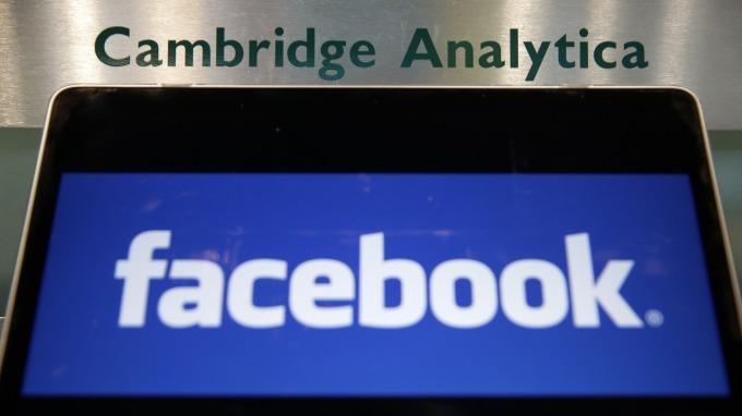日前因劍橋分析公司,讓臉書深陷個資外洩醜聞案(圖:AFP)